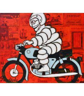 Michelin à moto grise sur fond rouge de vieilles publicités