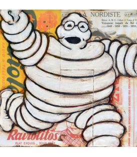 Bonhomme Michelin sur fond de publicité n°2