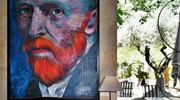 Van Gogh, Rimbaud and the pin-up at the Moulin de Lourmarin